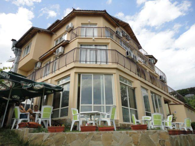 Hotel Albena-Balchik 800 m from the sea