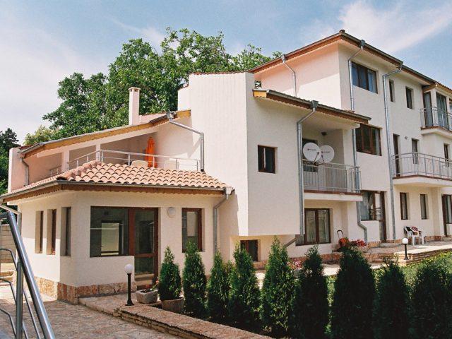 Balchik, 30 km from Varna, apartment on two floors