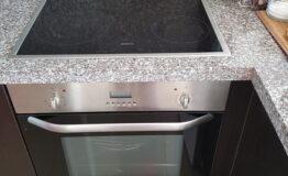 Villa F33. Kitchen. Hob and oven BEKO.